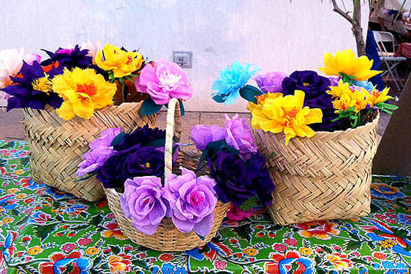 Handmade traditional Yaqui paper flowers by Amalia Reyes, for El Día de San Juan demonstration.
